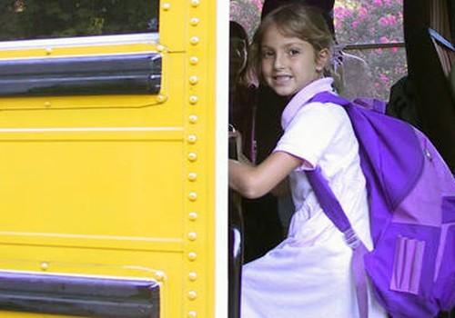 Valsts vairs nekompensēs skolēnu pārvadājumus