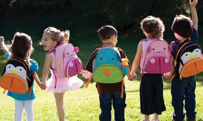 Gatavojam pirmklasnieku skolai: kā iegādāties visu nepieciešamo?