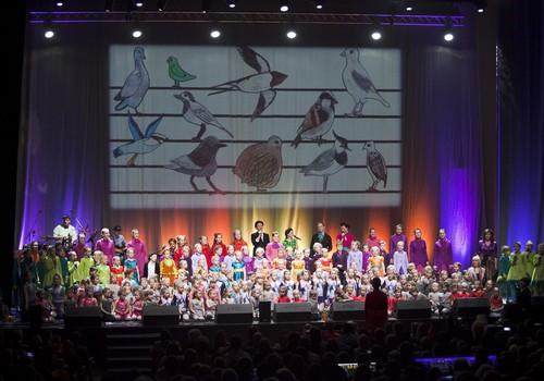 Bērnu vokālā studija «Knīpas un Knauķi» aicina uz krāšņu  50 gadu jubilejas koncertu Dzintaru koncertzālē