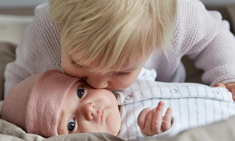 Johnson's nāk klajā ar jaunu produktu sēriju jaundzimušajiem - CottonTouch