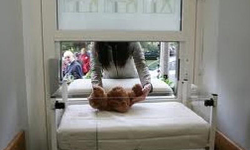 Glābējsilītē ielikts septītais bērniņš - puisītis