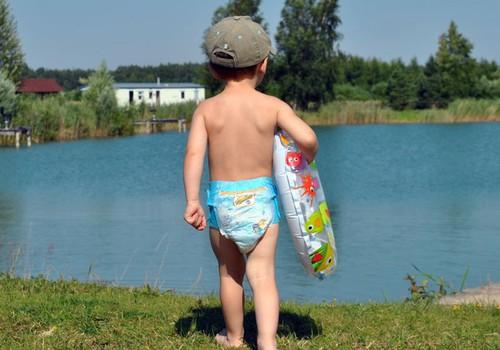 FACEBOOK FOTOkonkurss: Parādi, kā tavs mazais šajā vasarā peldas un laimē!
