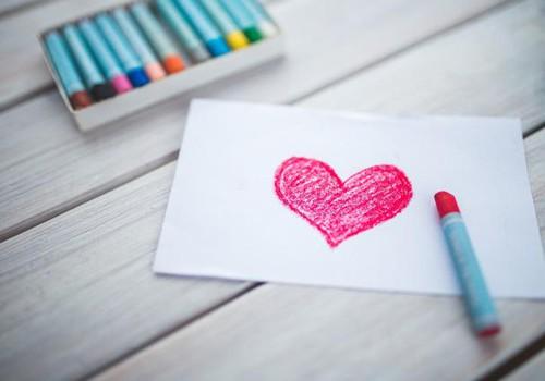 PAJAUTĀ SAVAM BĒRNAM ARĪ: Kas ir mīlestība?