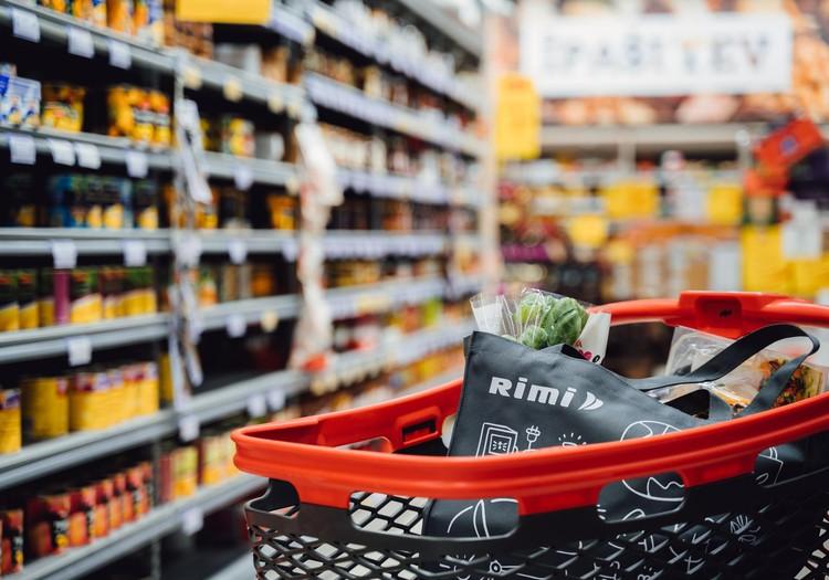 Gada nogalē Rimi veikalos pircēji visbiežāk iegādājušies augļus, dārzeņus un sasaldētu pārtiku