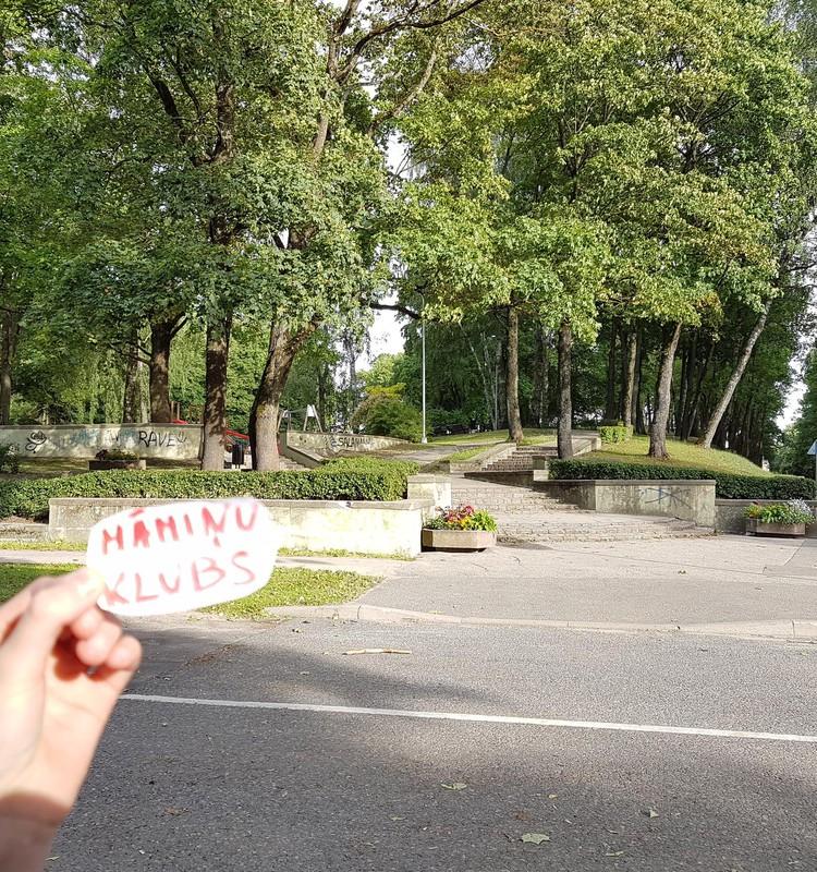 Rīgas augstākais kalns - Dzegužkalns - piedāvā...