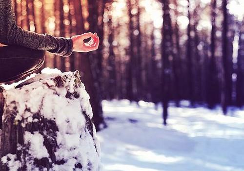 Burvīgākā Ziemassvētku dāvana: Ziema-joga-spa!