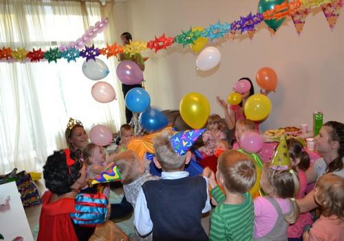 KONKURSS VISIEM! Dzimšanas diena svētkos: padalieties savos pieredzes stāstos!