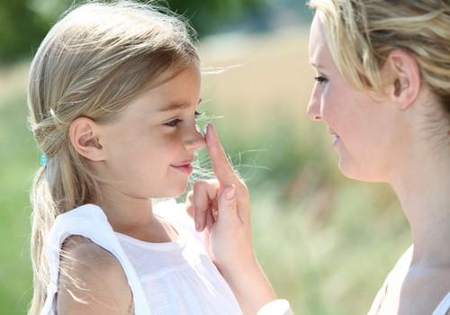 UZMANĪBU! Gaisa atsvaidzinātāji - kaitīgi bērna degunam