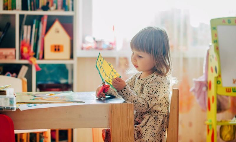 Atgriešanās skolās un bērnudārzos – speciālistu padomi