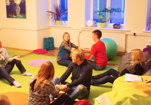 Dzemdību sagatavošanas kursi Māmiņu Kluba Vecāku skolā SESTDIENĀS no 9.aprīļa