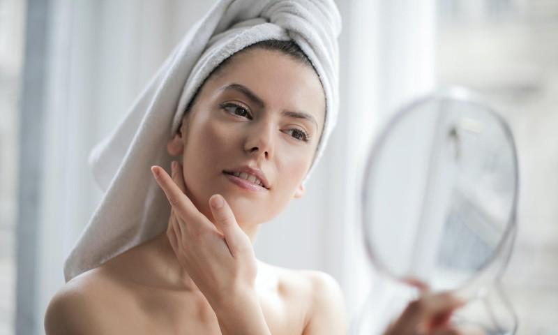 Kā nekaitēt ādai un labi izskatīties svētkos un ikdienā?