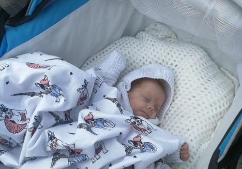 16.09.2018.STV: Pirms laika dzimis mazulis, Mazuļa dienas režīms, Rudens apģērba izvēle, Veselīgs mazuļa svars, Brokastu maizītes.
