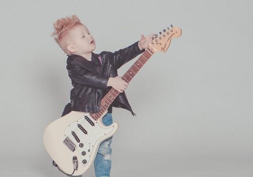 Kāda mūzika patīk bērniem? Bērnu iecienītāko dziesmu TOP 10