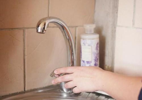 FOTOinstrukcija, kā pareizi mazgāt rokas