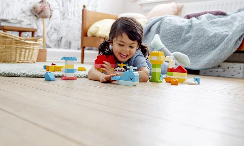 Parādi sava bērna Fantāziju pasauli un laimē LEGO!