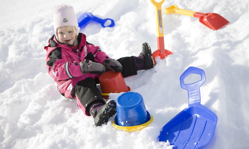 Spēles bērniem ziemā - jautrākai laika pavadīšanai ārā