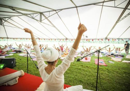 Saulgriežu jogas un mūzikas festivāls Siguldā iekļuvis pasaules labāko jogas festivālu sarakstā