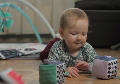 Superbēbis 2020: Rotaļāšanās un rotaļlietu izvēle mazulim