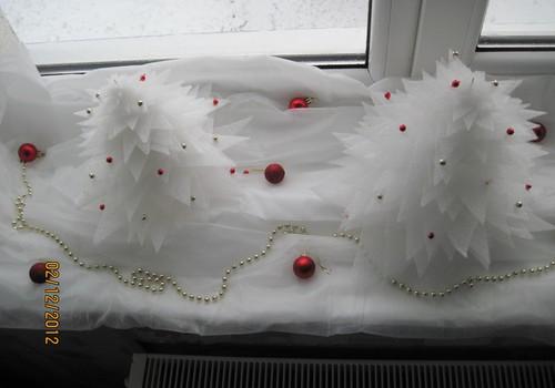 Ziemassvētku rotājumi palodzei
