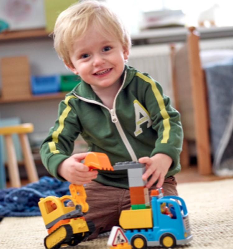 Kuri veiksminieki laimējuši Lego Creator komplektus?