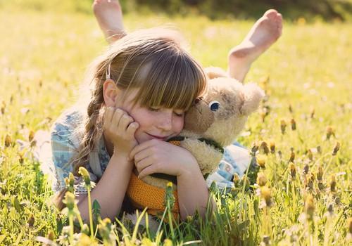 Kurus vitamīnus bērni ar uzturu neuzņem pilnvērtīgi un kā to kompensēt?