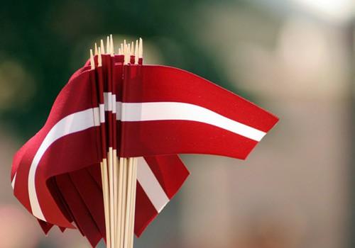 Ar dienas dziesmu sveicu visas Latvijas dzimšanas dienā!
