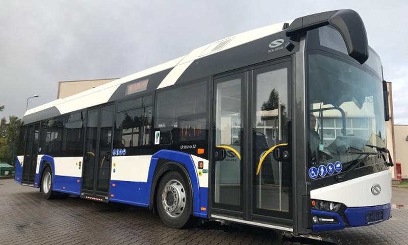 Rīgas sabiedriskajā transportā tiek atjaunoti Rīgas domes noteiktie braukšanas maksas atvieglojumi