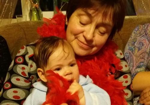 """RASMA KAMINSKA - mīloša vecmāmiņa un """"Gada vecmāte 2015"""""""