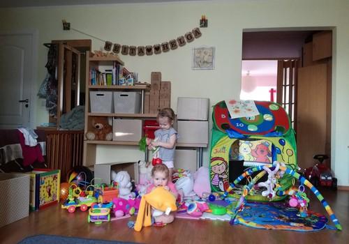 ROTAĻLIETU HAOSĀ! // KONKURSS: Kā Tu savam mazulim izvēlies rotaļlietas?