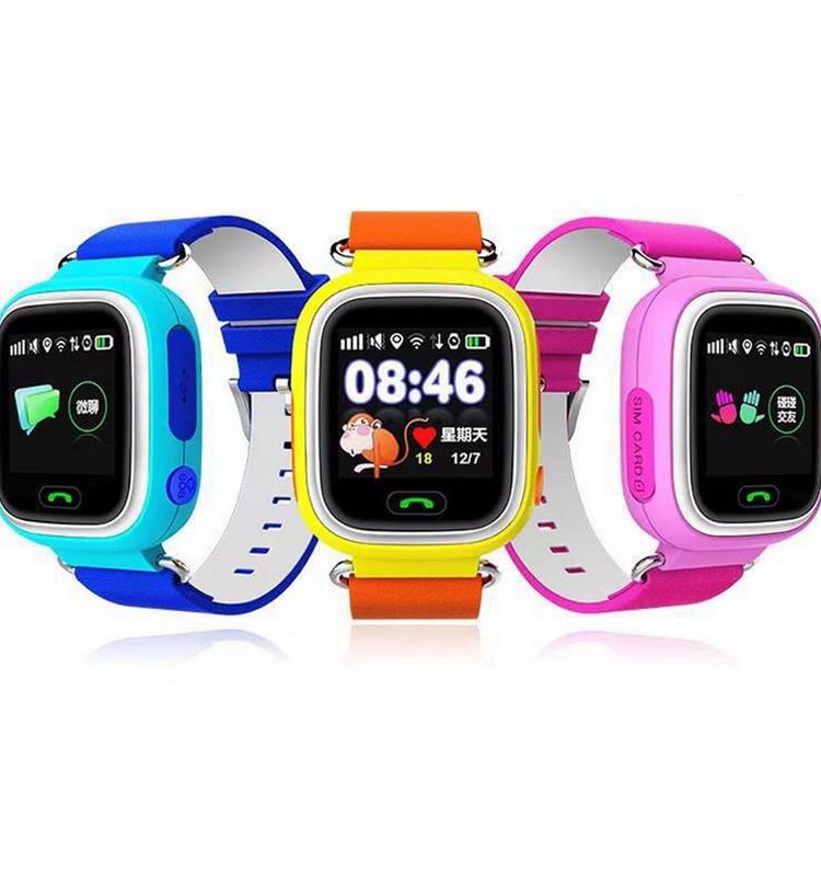 GPS pulkstenis vai telefons? Kuru pirkt skolēnam?