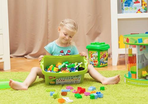 APTAUJA: cik daudz ģimeņu izmanto bērna attīstībai LEGO?