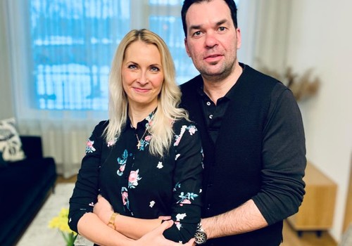 21. marta Māmiņu Kluba raidījuma lielajā intervijā - Māris un Zane Grigaļi