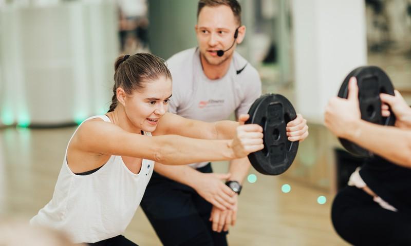 Sezonālās depresijas samazināšanas pamatā ir regulāras un mērenas fiziskās aktivitātes, komentē psihoterapeits Artūrs Miksons