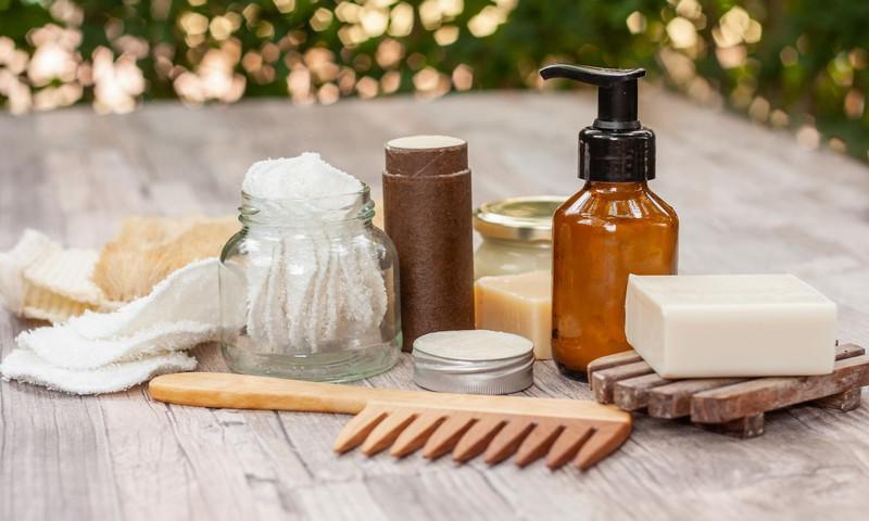 TOP 5 ieteikumi, kā padarīt ikdienas rūpes par ķermeni videi draudzīgākas