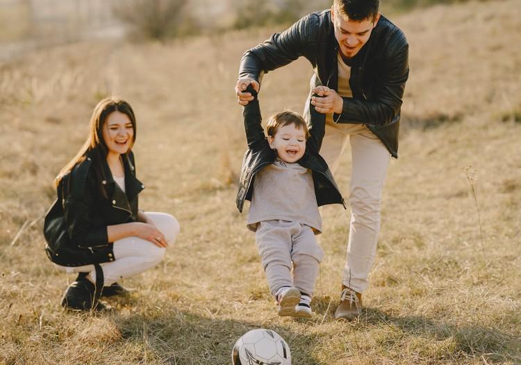 Tavs bērniņš ir lēnīgākas dabas? Ieteikumi, kas palīdzēs ikdienā