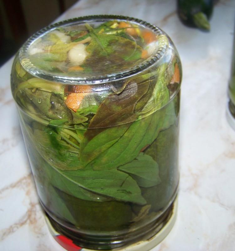 Kā dažādot marinēto gurķu receptes?