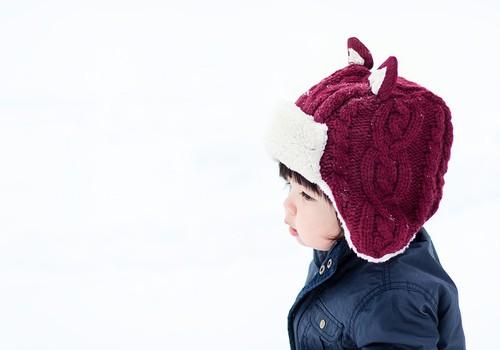 Kam pievērst uzmanību ziemā, ja mājās aug aktīvs mazulis!