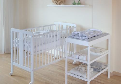 Kā apvienot vecāku guļamistabu un bērnistabu?
