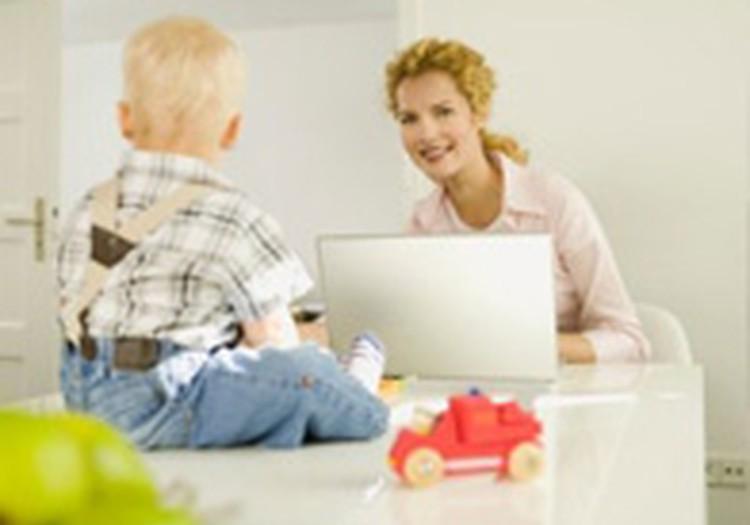 Māmiņu Klubs – dzīvē un internetā