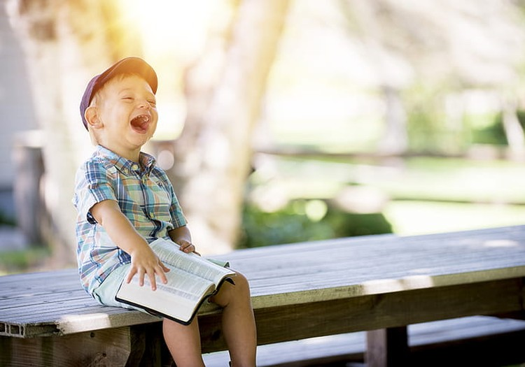 Ar bērna muti jeb smiekli līdz asarām