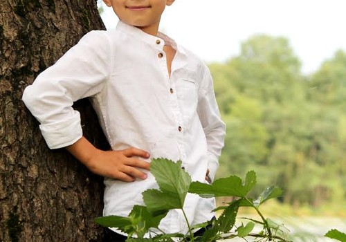 """Bērni iesaka bērniem: """"Aguss un Mošķi: Uzrodas Flata Kungs""""."""