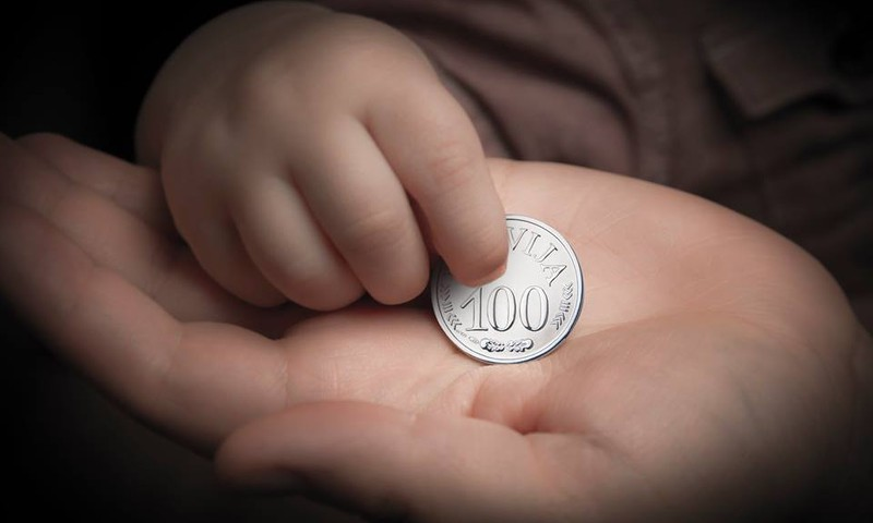 Līdz 8.februārim Simtgades mazulīši var pieteikties īpašajam sudraba vērdiņam