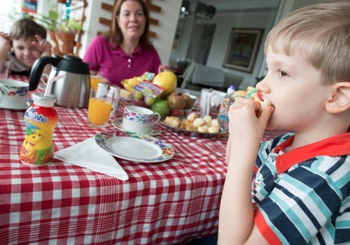 Pediatre iesaka: 8 vasarīgas un veselīgas našķu receptes bērniem