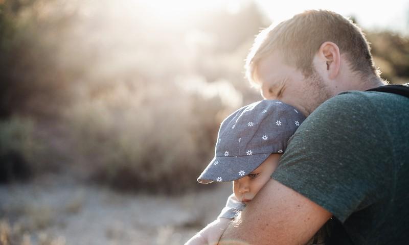 Liels, stiprs un neaizstājams: tēva loma bērna dzīvē