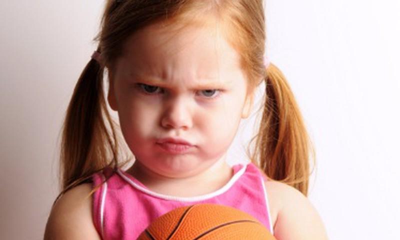 Kā bērnā mazināt agresivitāti?