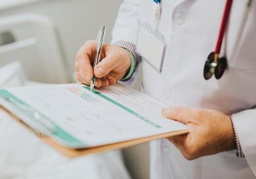 Sešās slimnīcās izveidoti pediatru kabineti