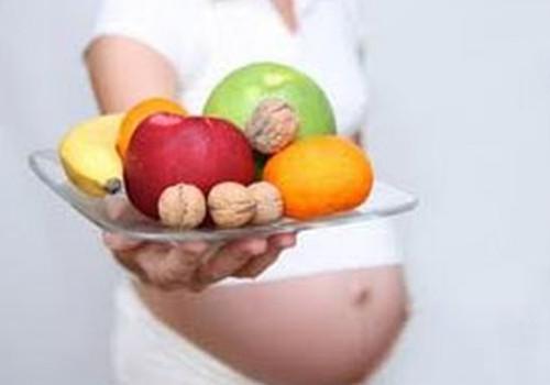 3.oktobrī ONLINE TV: veselīgs uzturs grūtniecības laikā