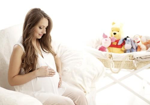 Tas nav nekāds atklājums: grūtniecība pāra attiecības mainīs. Un kā vēl!