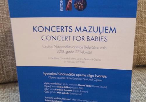 Dēliņa pirmais klasiskās mūzikas koncerts...