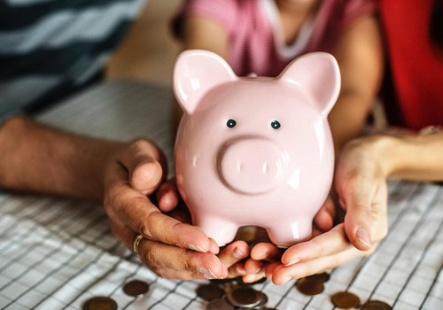 Pieci veidi, kā iemācīt bērnam rīkoties ar naudu